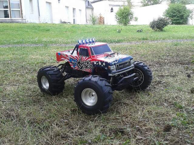 Basher nitro Circus monster truck 1/8ème Part_111