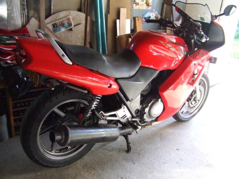 CB500 carénée : Dans mon garage, savez vous quoi qui n'y a? Dscf8313