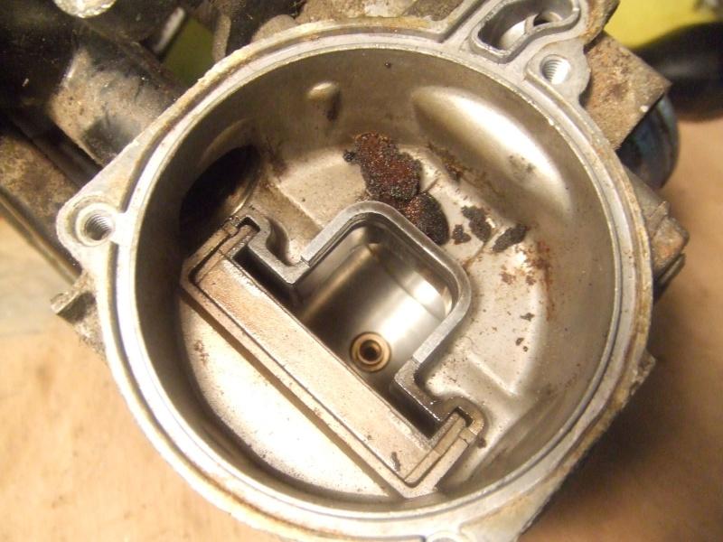 CB500 carénée : Dans mon garage, savez vous quoi qui n'y a? Dscf8317