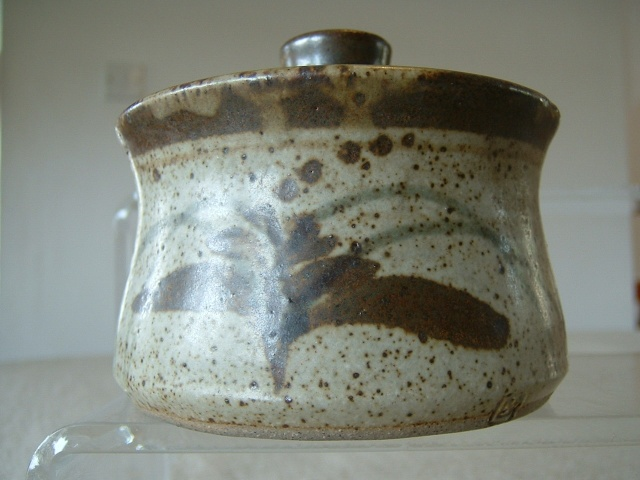 Lowerdown Pottery 01110