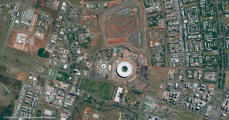 Images satellites des stades de la Coupe du Monde 2014  R3343810
