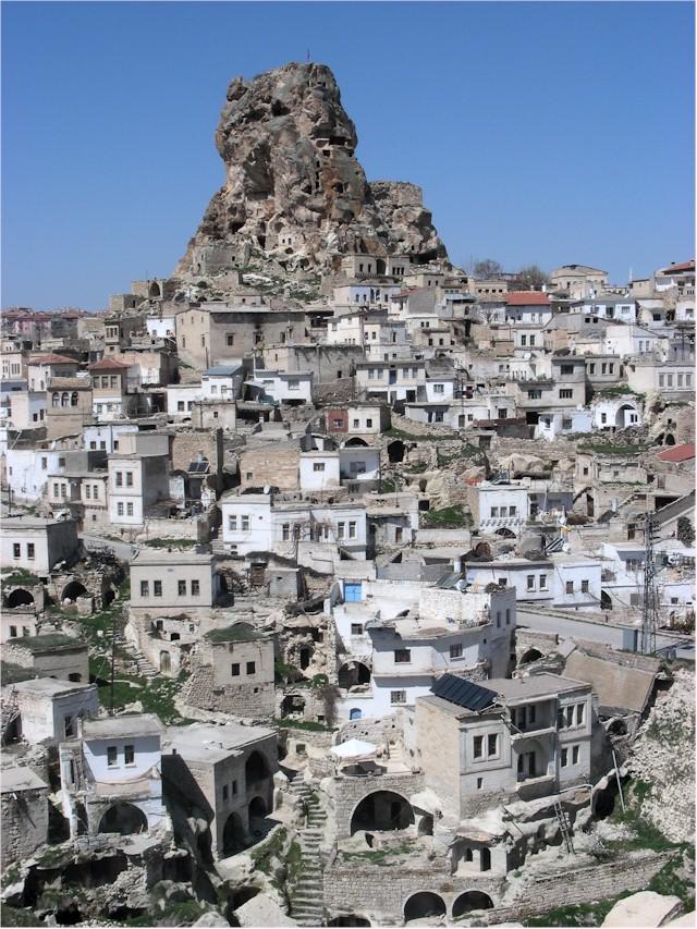 Les monastères et villes du bout du monde! Ortahi10