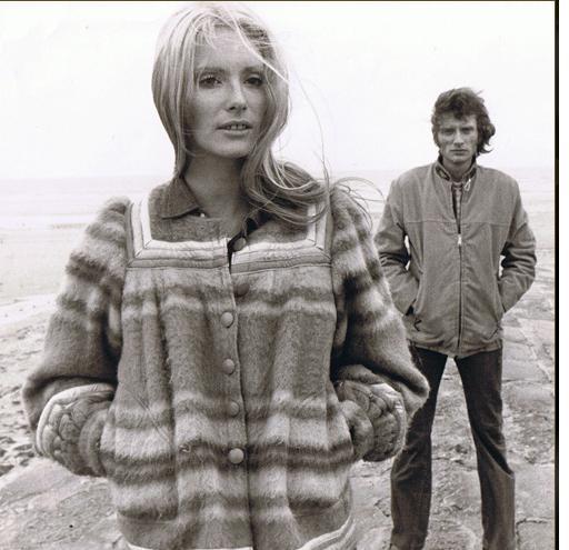 Nanette Workman Et Johnny Hallyday >> Toi, tu voles l'amour
