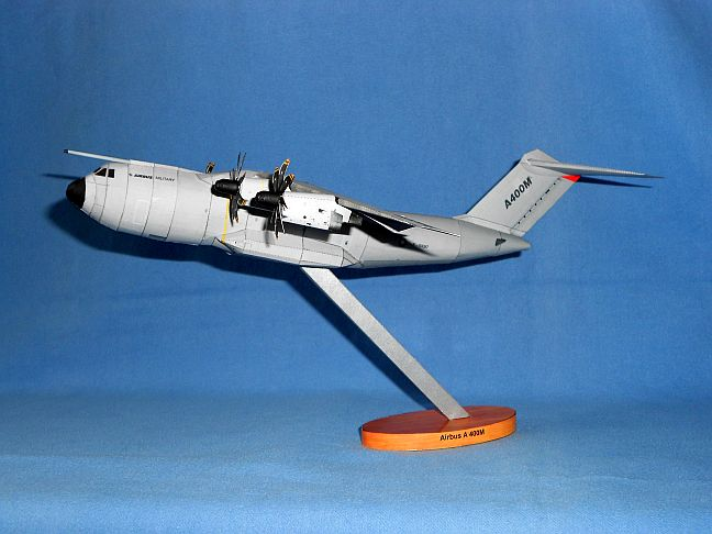 Airbus A400M in 1:144 M1210