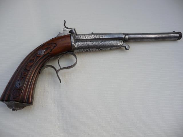 Pistolet Gaubert??? P1070114