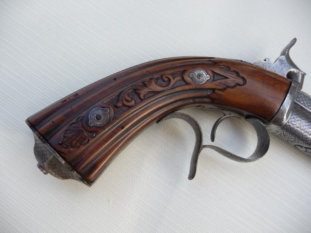 Pistolet Gaubert??? P1070115