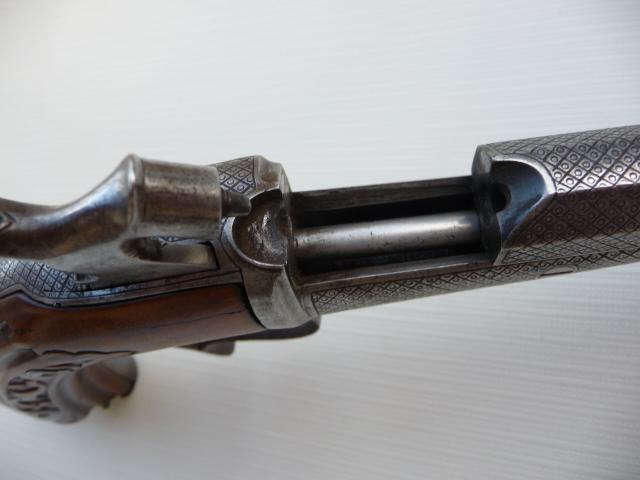 Pistolet Gaubert??? P1070123