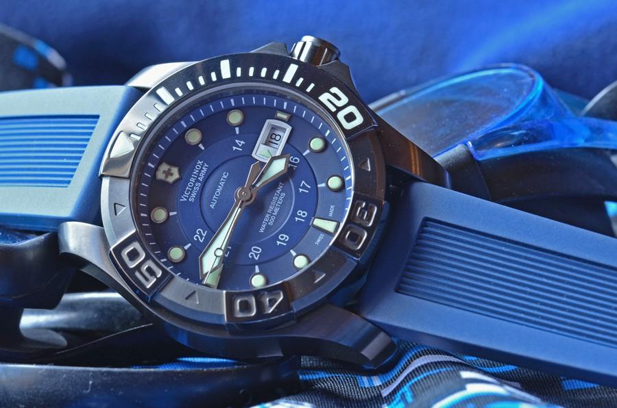 Les autres marques de montres de plongée Face-w10