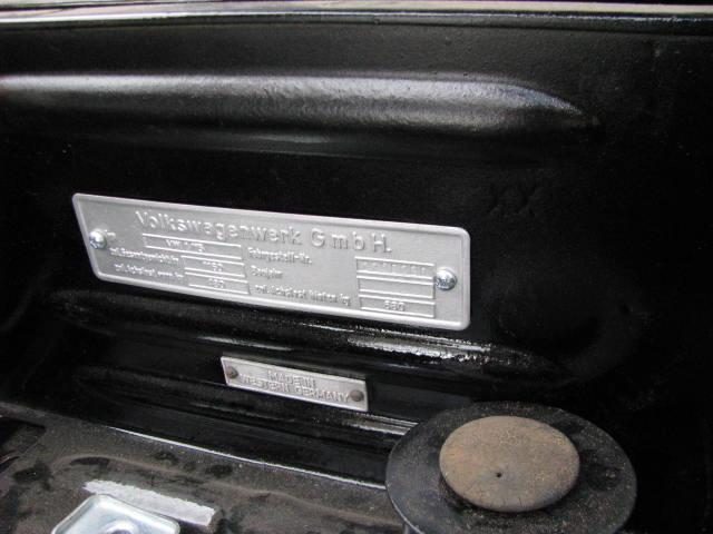 plaque constructeur ovale 11082310