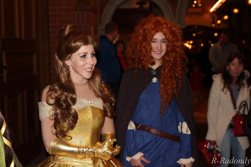 Merida et Elinor pour une soirée magique à DLP ! [Soirée Halloween 2013] Allowe10