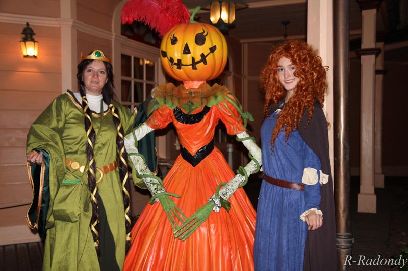 Merida et Elinor pour une soirée magique à DLP ! [Soirée Halloween 2013] Allowe12