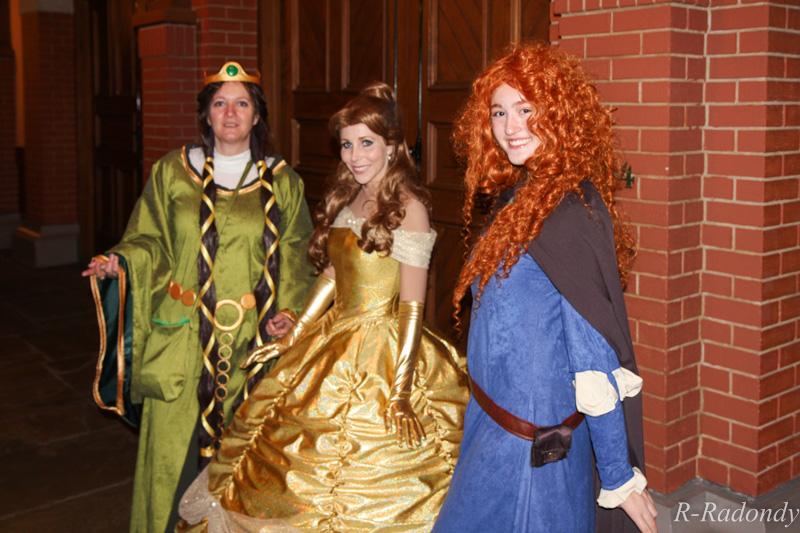 Merida et Elinor pour une soirée magique à DLP ! [Soirée Halloween 2013] Allowe18