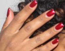 Vernis à ongles rouge métallisé/pailleté  Vernis12