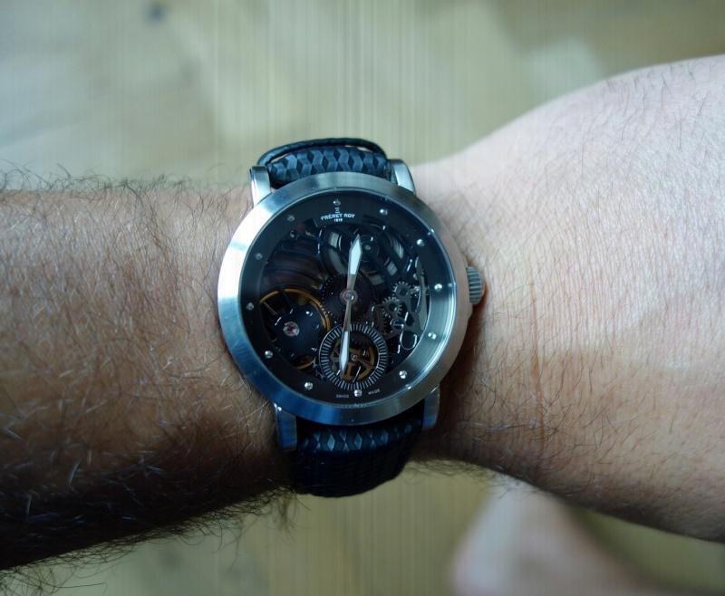 Pour Micro, une bronze et une squelette, décadence horlogère inside Dsc01710