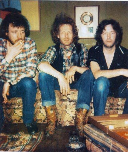 Les 1000 visages d'Eric Clapton - Page 6 19004710