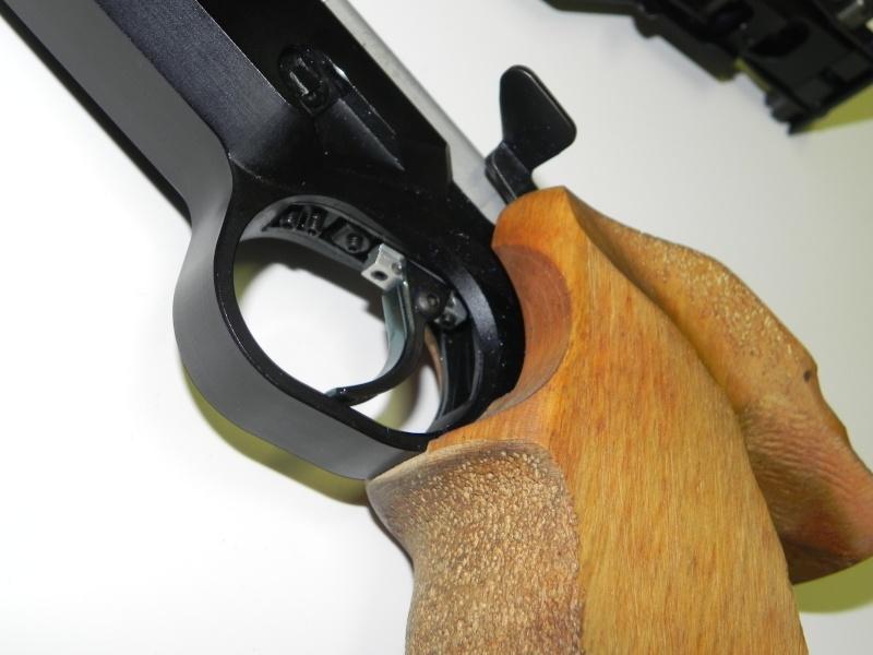 Pistolet F.A.S. (Domino) AP-606   Dscn5019