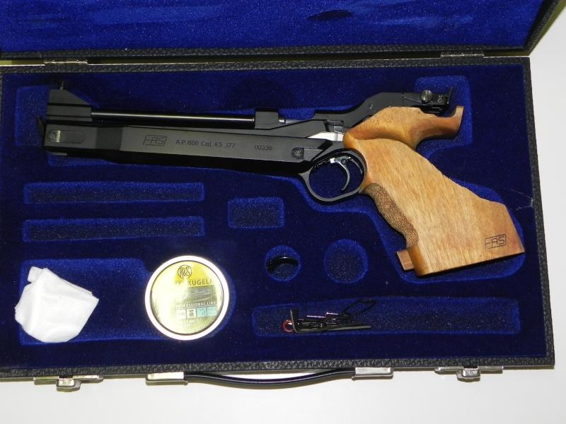 Pistolet F.A.S. (Domino) AP-606   Dscn5021