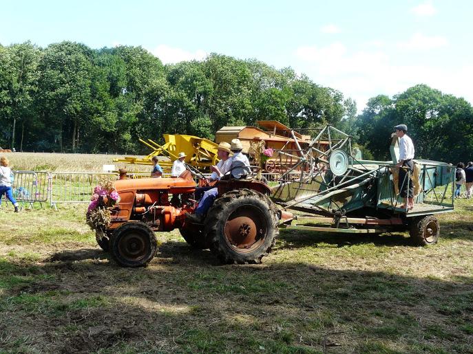 Fête du blé à Pleudihen (22) P1290414