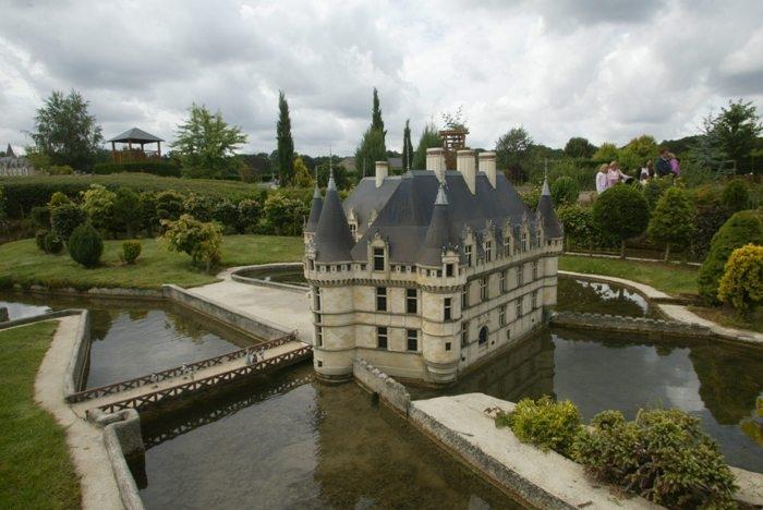 Quelques châteaux de la Loire Azay_l13