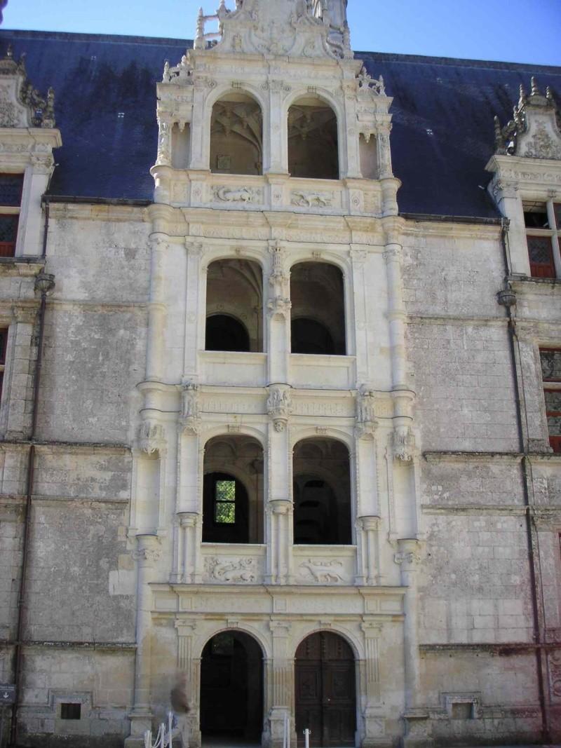 Quelques châteaux de la Loire Escali11