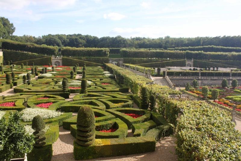 Quelques châteaux de la Loire - Page 3 Villan23