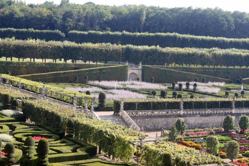 Quelques châteaux de la Loire - Page 3 Villan24