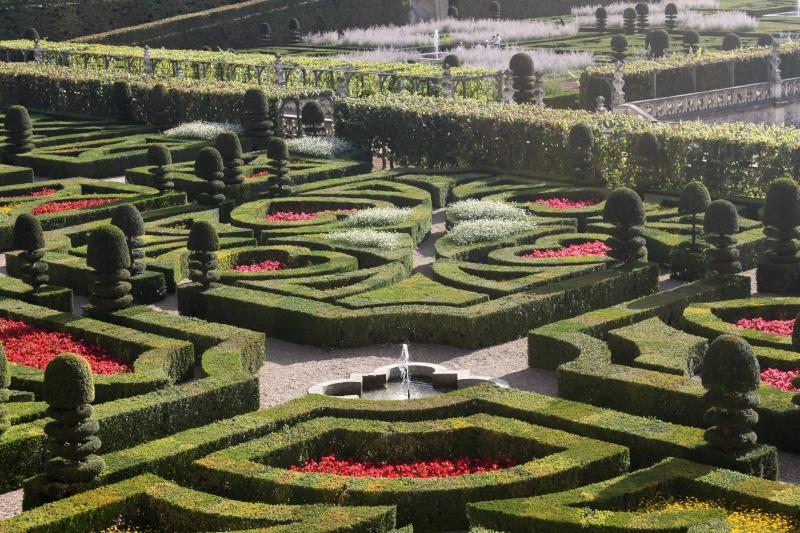 Quelques châteaux de la Loire - Page 3 Villan25