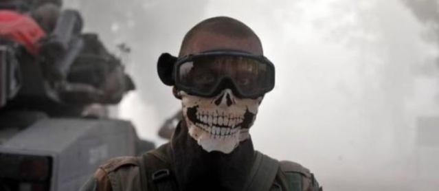 Ce masque qui a fait le tour de la planète. 13160210