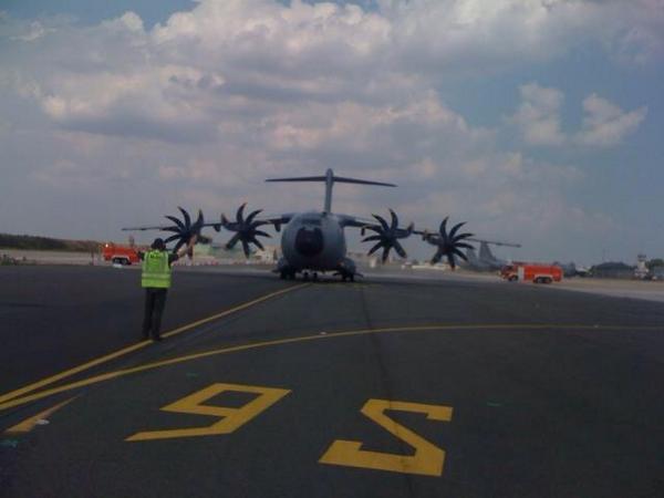 Un troisième A400M « Atlas » livré à l'armée de l'Air Btzjo410