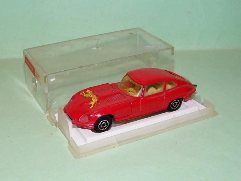 N°207 Jaguar Type E 207_ja10