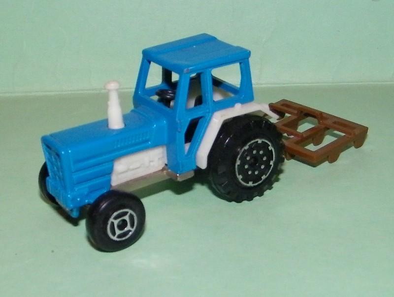 N°208 tracteur 208_tr10