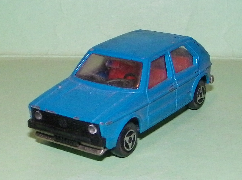 N°210 Volkswagen Golf I 210_vw10