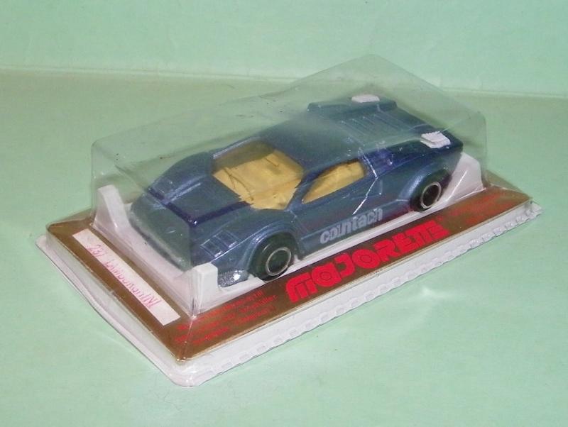 N°237 Lamborghini Countach 237_la10