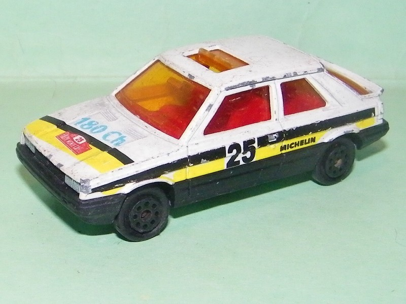 N°275 Renault 11 275_r111