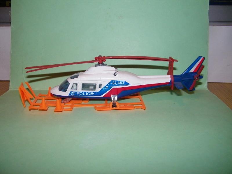 N°3043 Hélicoptère Agusta 109 3043_a11
