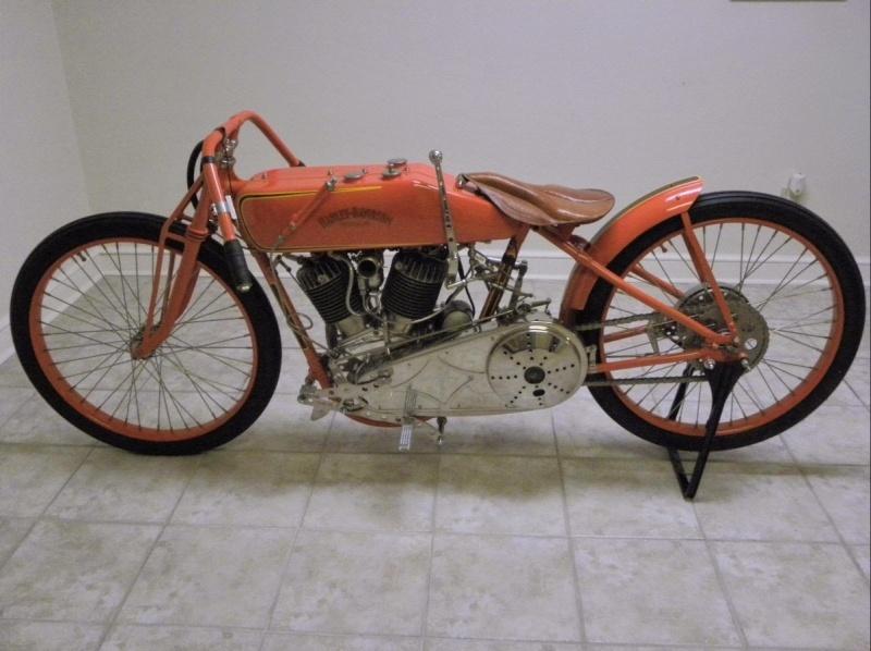 Les vieilles Harley....(ante 84) par Forum Passion-Harley - Page 38 1922_d11