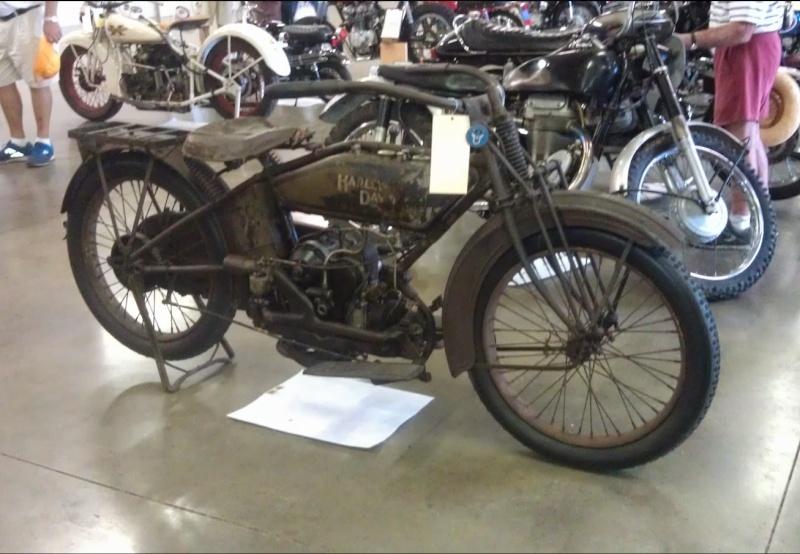 Les vieilles Harley....(ante 84) par Forum Passion-Harley Captu500