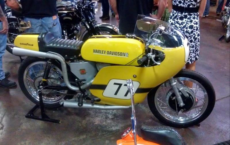Les vieilles Harley....(ante 84) par Forum Passion-Harley Captu512