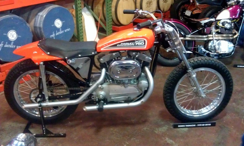 Les vieilles Harley....(ante 84) par Forum Passion-Harley Captu524