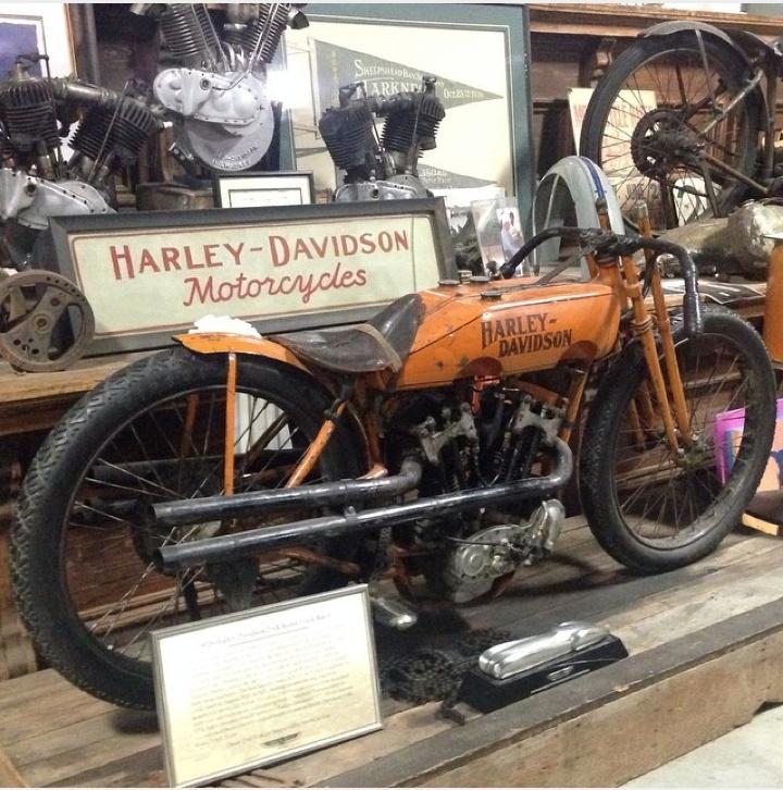 Les vieilles Harley....(ante 84) par Forum Passion-Harley - Page 5 Captu580