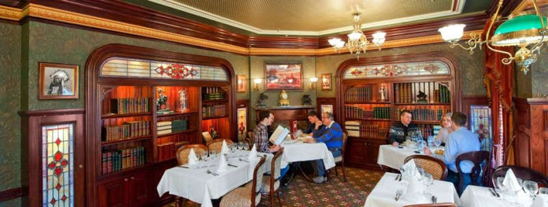 Walt's, an american restaurant (Disneyland Parc) - Page 2 10562913