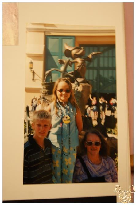 Toutes vos anciennes photos sur les parcs ... souvenirs, souvenirs ...  - Page 2 Dsc08012