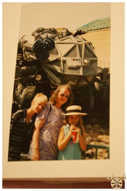 Toutes vos anciennes photos sur les parcs ... souvenirs, souvenirs ...  - Page 2 Dsc08013