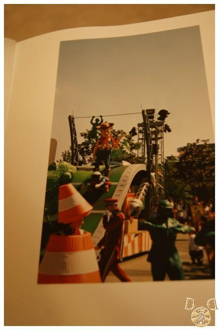 Toutes vos anciennes photos sur les parcs ... souvenirs, souvenirs ...  - Page 2 Dsc08111