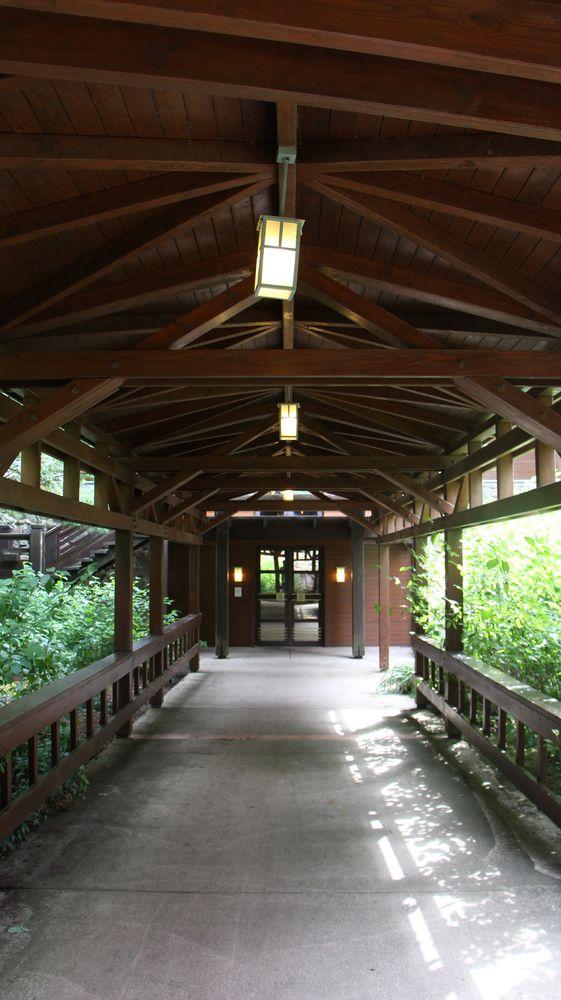 Disney Sequoia Lodge - Page 5 Img_5314