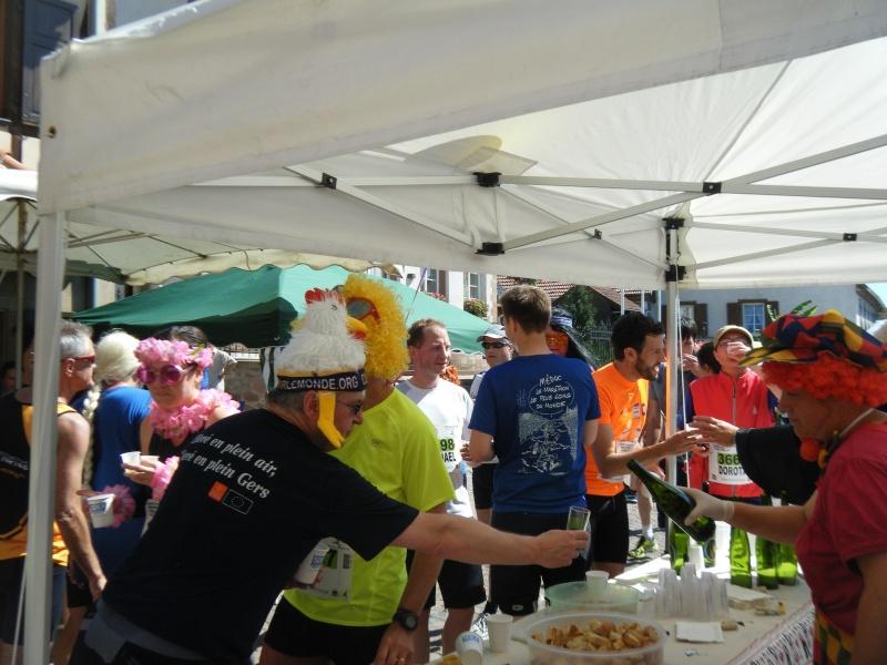 10 ème édition du Marathon du Vignoble d'Alsace et son passage à Wangen le 15 juin 2014 Dscf1039