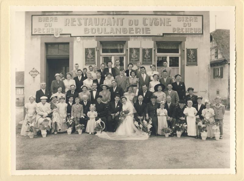Mariage à Wangen fin des années 1950 : reconnaissez-vous les mariés? La famille? Des invités? Image058