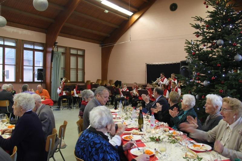 Fête de Noël des aînés, 14 décembre 2014. Img_4624