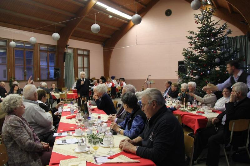 Fête de Noël des aînés, 14 décembre 2014. Img_4722