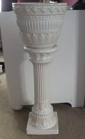 PLANTER AND STAND, MAKERS ANY IDEA?  Solved as it is agreed that this is from West Germany. Buggle10